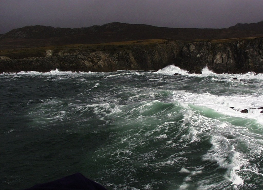 tidal-waves-clare-island-1024x739