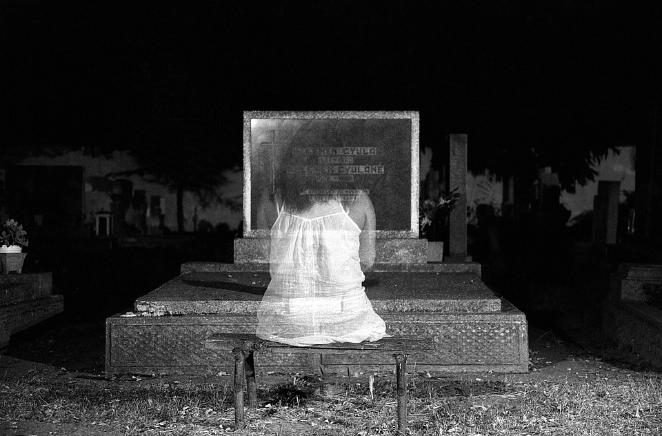 Old True Irish Ghost Stories