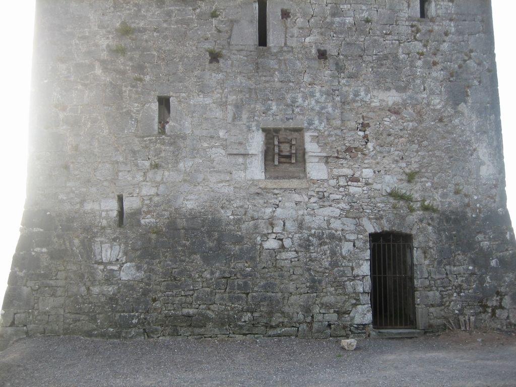 belvelly-castle