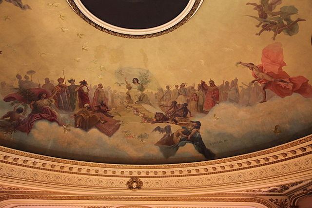 painting on ceiling at Ateneo Grand Splendid Bookshop